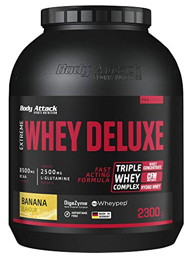 Body Attack Extreme Whey Protein Deluxe - hoher Eiweisgehalt - schnelle Nährstoffverarbeitung - fettarm & zuckerreduziert - 2500mg L-Glutamine - 8 B-Vitamine, Banana Cream, 2,3kg, Dose Eiweißpulver von Body Attack Sports Nutrition