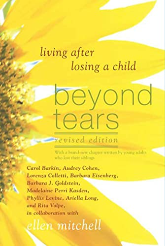 Beyond Tears: Living After Losing a Child von GRIFFIN
