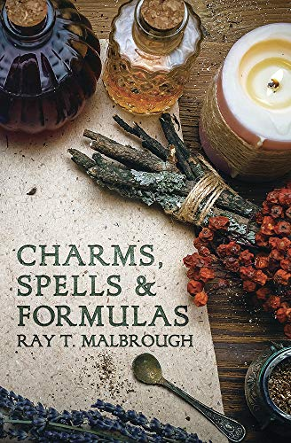 Charms, Spells, and Formulas: For the Making and Use of Gris Gris Bags, Herb Candles, Doll Magic, Incenses, Oils, and Powders (Llewellyn's Practical Magick Series) von LLEWELLYN PUB