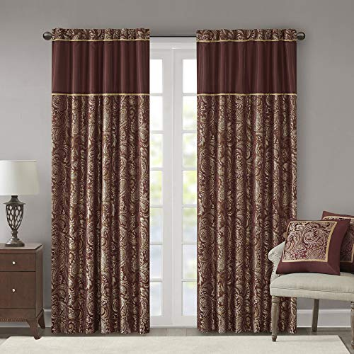 "Madison Park Aubrey Faux Silk Paisley Jacquard, Rod Pocket Curtain with Privacy Lining for Living Room, Kitchen, Bedroom and Dorm, 50"" x 84"", Burgundy von Madison Park"