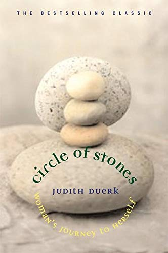 Circle of Stones: Woman's Journey to Herself von New World Library